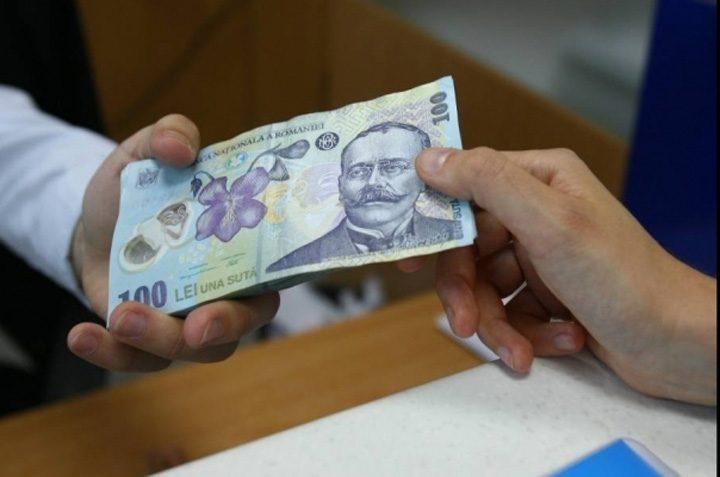bani4 24959200 720x477 Banca Mondială   economia României a crescut cu 25% în doi ani