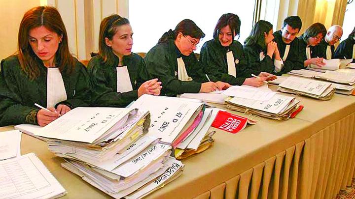 Serviciile, liber la racolat procurori si judecatori! »