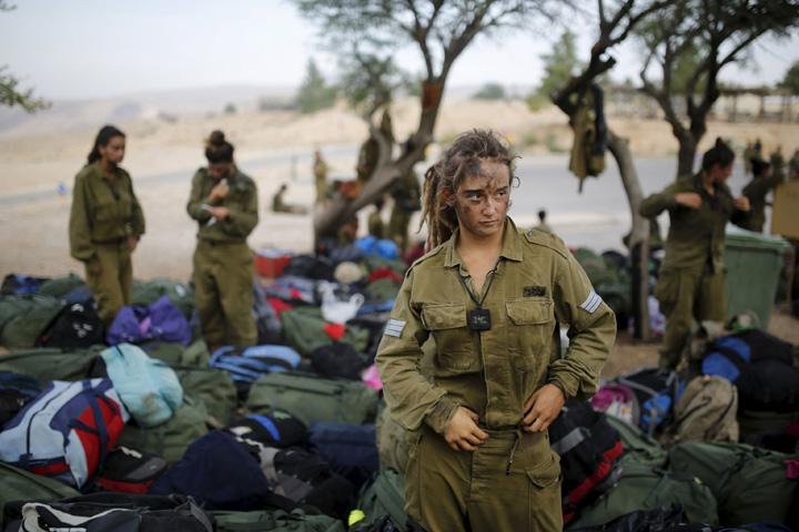 femei 1 Cele mai feministe armate