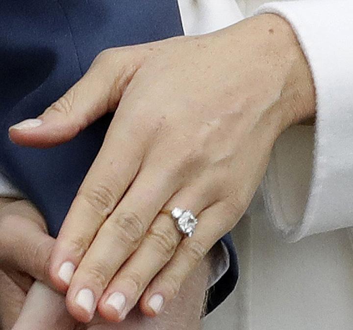 harry 1 1 Printul Harry se casatoreste in primavara cu actrita divortata