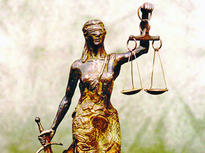 juridisch Justitia, mai la coada
