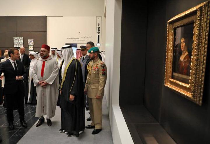 macron 3 Macron a deschis Luvru din Emirate