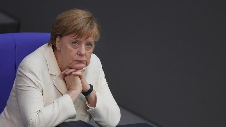 merkel 1 Extrema dreapta: Pleaca, Merkel!