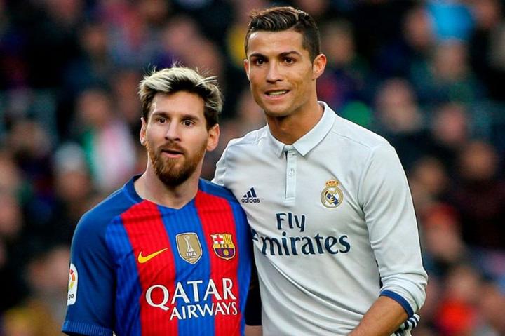 messi si ronaldo Messi si Ronaldo, in formatia secolului XXI