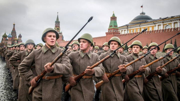 rusia 1 Nu l au deranjat pe Lenin!