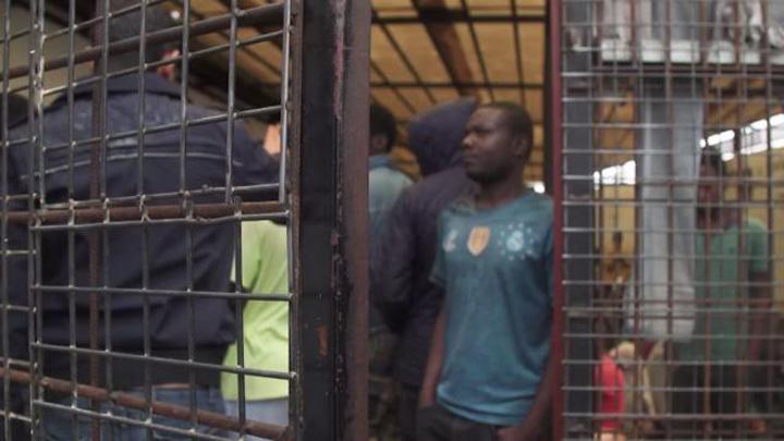 sclavi 4 Targ de sclavi in Libia
