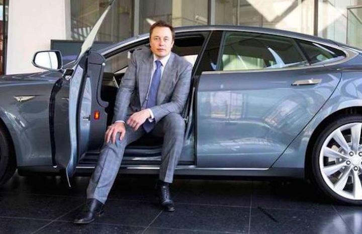 tesla Tesla a pierdut 619 milioane de dolari