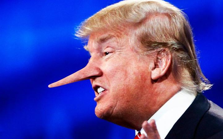 trump1 Trump minte de 5 ori pe zi