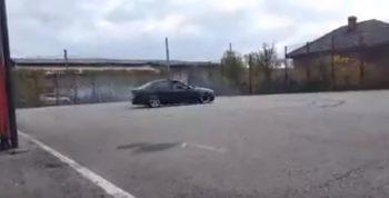 vrum 350x178 Drifturi in curtea unui liceu (VIDEO)