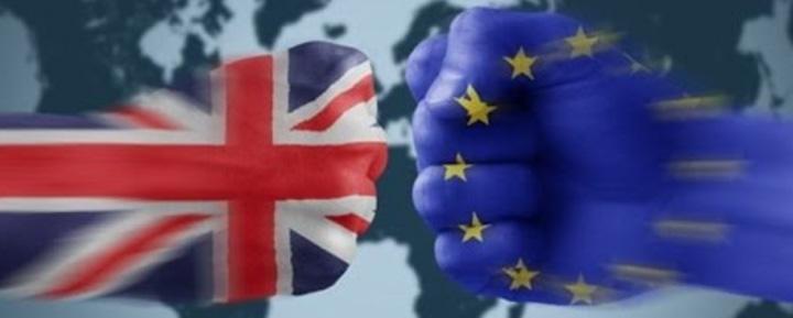 """brexit 1 Brexit o dă n război: """"Armele vor vorbi din nou"""""""