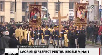 cortegiu 2222 350x188 Funeraliile Regelui Mihai. Cadre impresionante de la procesiunea din centrul Capitalei