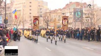 cortegiu 3333 350x194 Funeraliile Regelui Mihai. Cadre impresionante de la procesiunea din centrul Capitalei