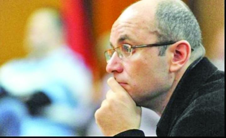 cozmin gusa 2 68066100 Basescu, fraierul lui Putin!