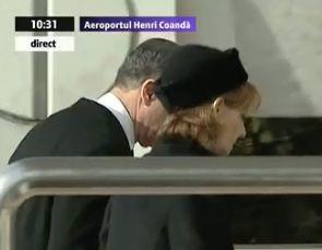 custode Regele Mihai, adus in Romania. Asteptat la aeroport de Custodele Coroanei si de nepotul Nicolae