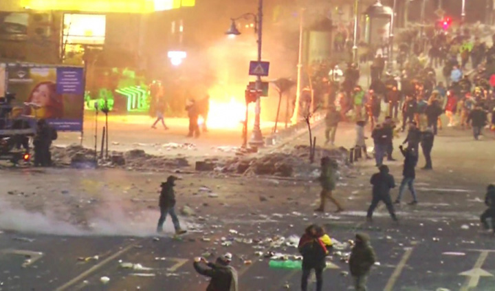"""foc 1 """"Coruptia ucide"""", comanda de la Moscova!"""