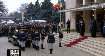 gar 350x187 Funeraliile Regelui Mihai. UPDATE   Trenul Regal a ajuns la Curtea de Arges