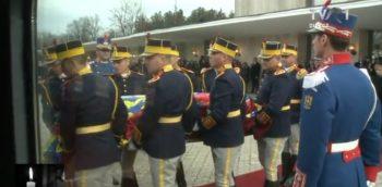 gar5 350x172 Funeraliile Regelui Mihai. UPDATE   Trenul Regal a ajuns la Curtea de Arges