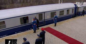 gar7 350x180 Funeraliile Regelui Mihai. UPDATE   Trenul Regal a ajuns la Curtea de Arges
