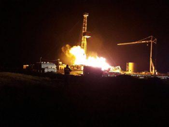 incendiu sonda 350x263 Incendiu de proportii la o sonda de gaz din Satu Mare