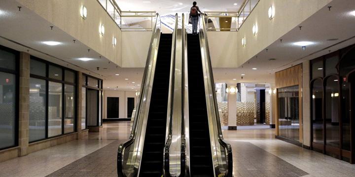 mall uri pustiijpg Apocalipsa mall urilor vine din America