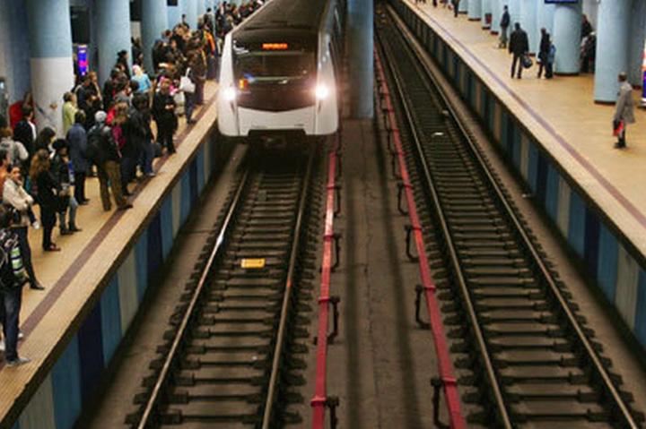 metrou Cazul crimei de la metrou: un popor nepasator si afectat psihic