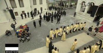 patr4 350x180 Slujba de inmormantare a Regelui Mihai, oficiata la Patriarhie, s a incheiat