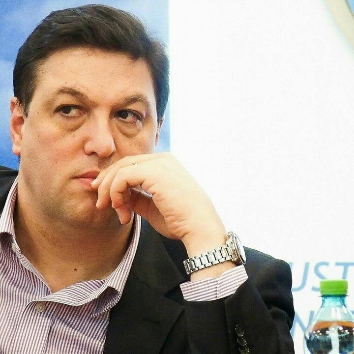 """serban nicolae Solemnitate parlamentara cu multe """"p"""" uri in gura"""