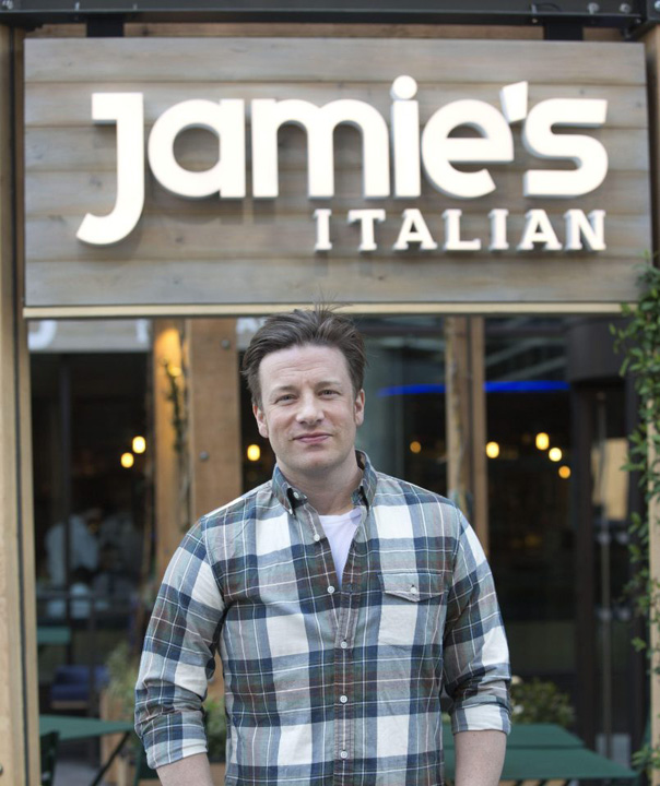 J Oliver Jamie Oliver se duce n cap