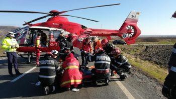 accident arad 2 350x197 Accident grav pe DN7: doua victime incarcerate, una preluata de elicopterul SMURD