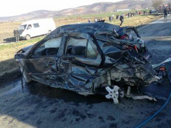 accident arad 350x263 Accident grav pe DN7: doua victime incarcerate, una preluata de elicopterul SMURD