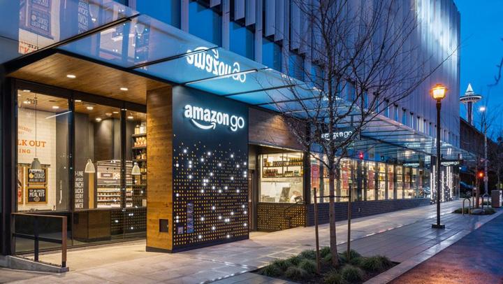 amazon Amazon deschide primul magazin fara case de marcat