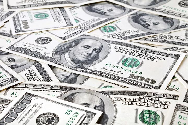 americani 1 american din 4 isi ascunde banii de nevasta