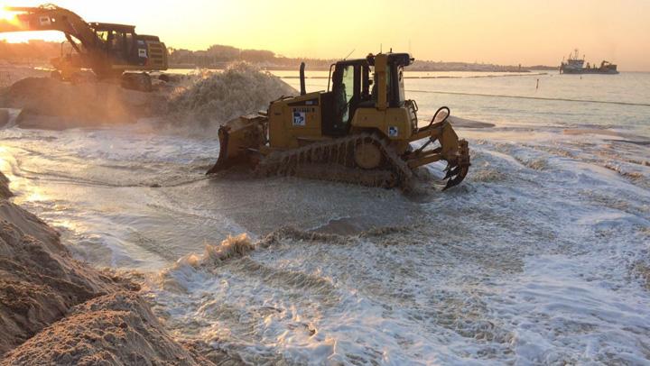 cannes 80.000 de tone de nisip pentru plajele de la Cannes