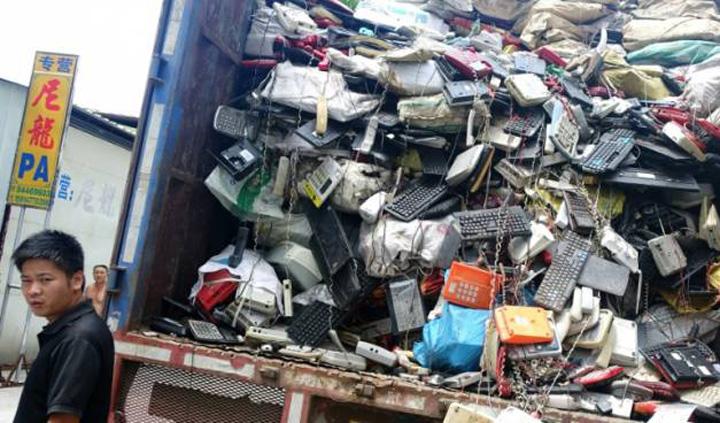 china 1 China blocheaza importul deseurilor
