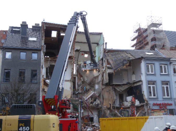 dupa 674x500 Explozie devastatoare la Anvers