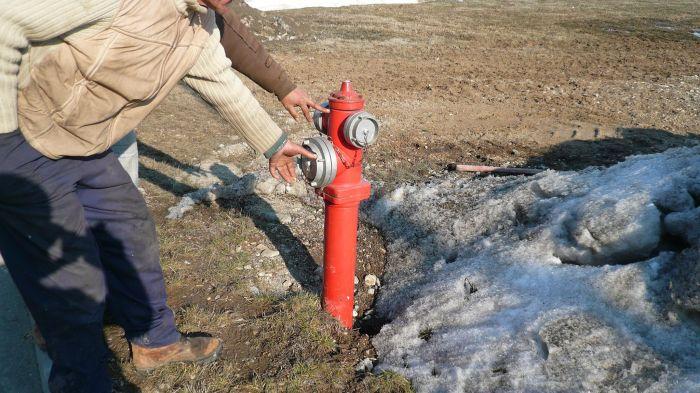 hidrantul de casă o Încă o aberaţie: hidrantul de casă e obligatoriu!