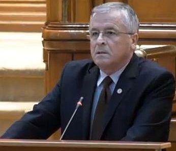 munt Social democratul Ioan Munteanu demisioneaza din Parlament