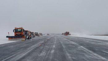 ninsoare 350x197 Se anunta ca traficul aerian este normal pe ambele aeroporturi ale Capitalei