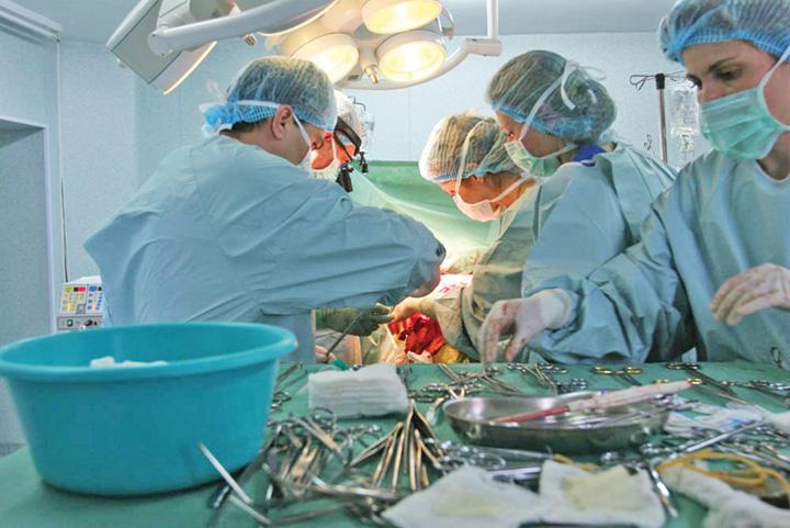 operatie doctori Plicul pentru medici va ajunge in vistieria spitalului
