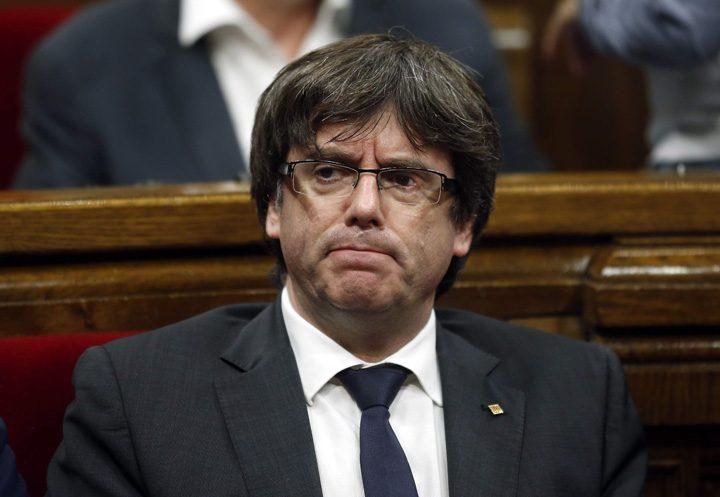 puigdemont 720x497 Catalonia ramane sub tutela Madridului