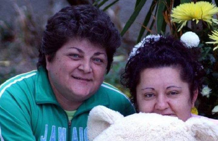romance lesbiene 1 465x390 Premiera: Doua romance lesbiene se casatoresc in Italia