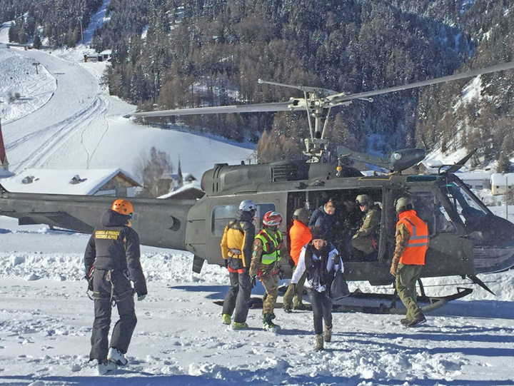 schiori 1 150 de schiori din Austria, salvati cu elicopterele