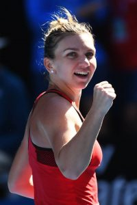 simo 200x300 Simona, primele impresii dupa semifinala de foc: Sunt mandra de mine!