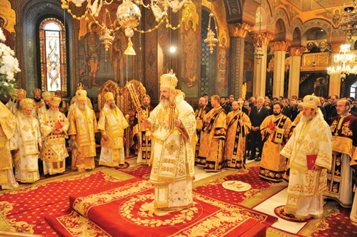 """BOR Biserica, """"buzunarita"""" din nou de politicieni"""