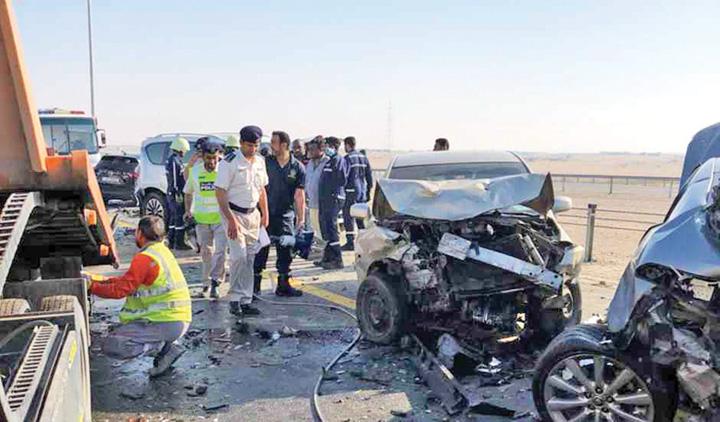 Dubai Crash 3 Carambol spectaculos in Dubai