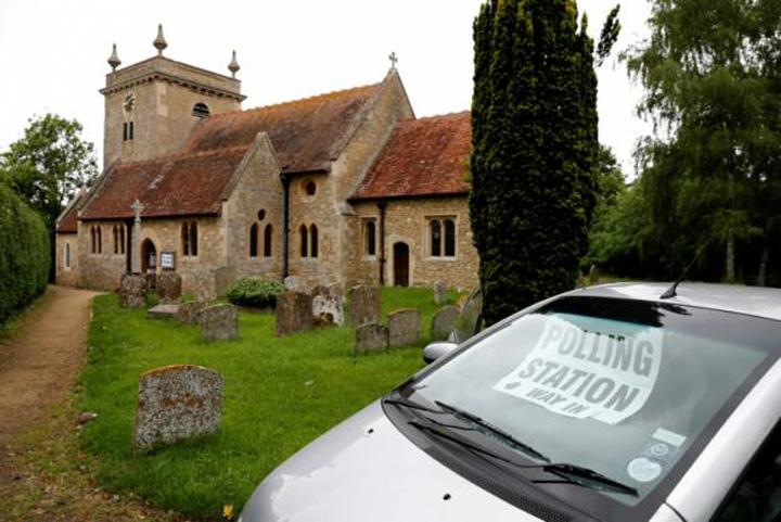 biserici Biserica anglicana salveaza Internetul