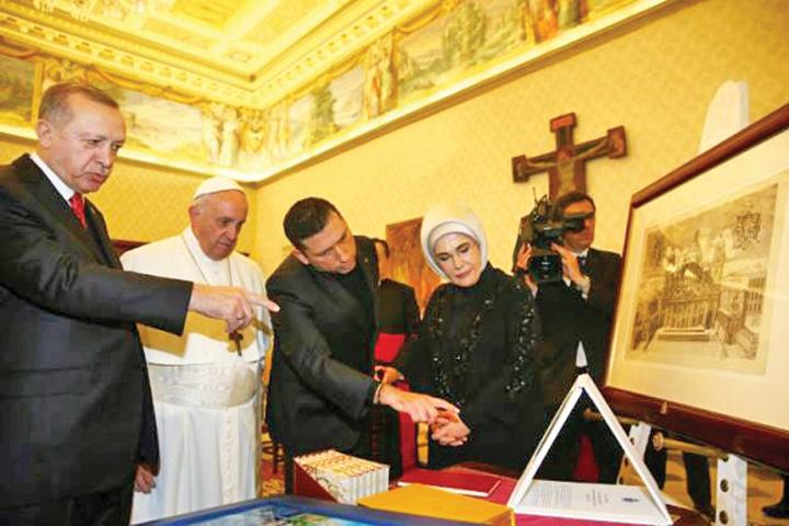 erdogan 1 1 Erdogan a descins la Vatican