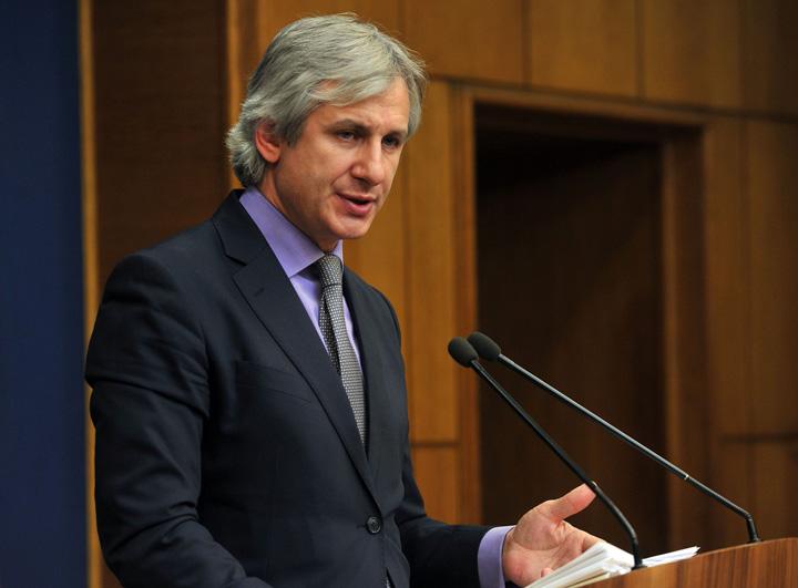 eugen teodorovici ministrul fondurilor europene.d0e9ncx6fr Angajatorii, pusi sa plateasca impozit pe ce nu exista!
