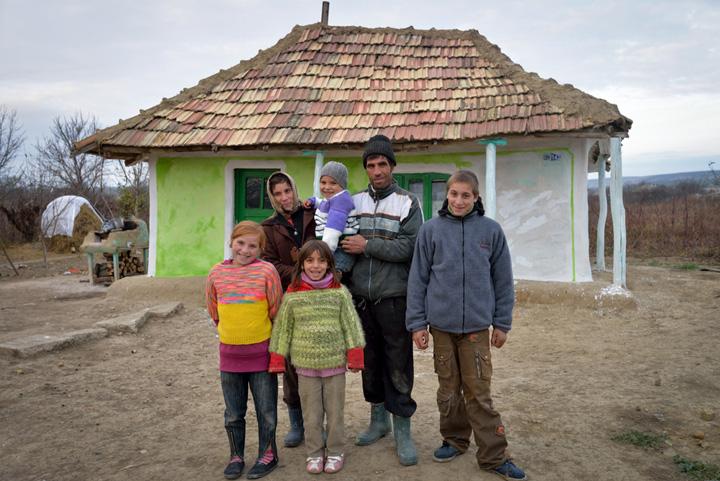 fara economii Cei mai multi europeni fara economii traiesc in Romania