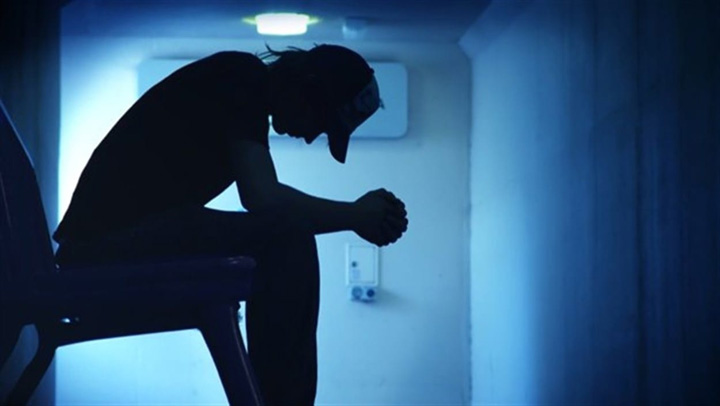 franta Val fara precedent de sinucideri in Franta